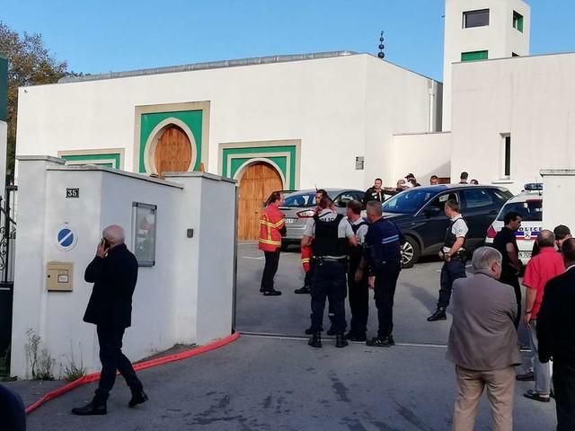 Bayonne : des tirs d'arme à feu devant la mosquée, le tireur interpellé