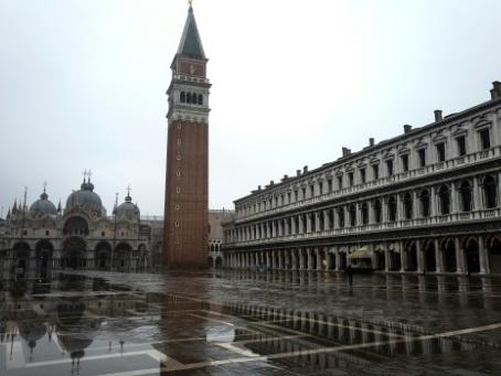 De Venise au lac de Côme, le tourisme en Italie broie du noir