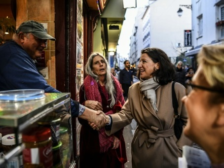 A Paris, l'entrée en campagne d'Agnès Buzyn fait renaître l'espoir chez les marcheurs