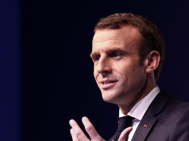 Gilets jaunes: Emmanuel Macron va s'exprimer lundi soir pour tenter de sortir de la crise