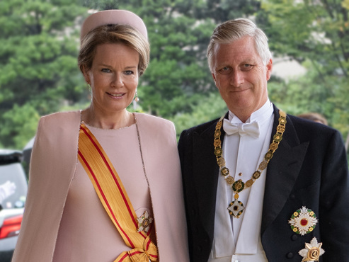 Philippe et Mathilde bien entourés à l'intronisation du nouvel empereur du Japon (photos)