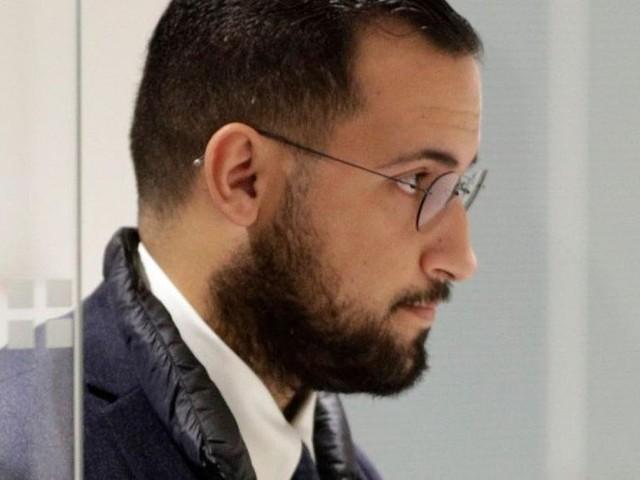 """Les messages embarrassants du téléphone """"perdu"""" d'Alexandre Benalla ont été dévoilés"""