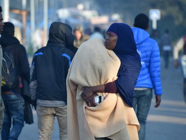Réfugiés: en visite à Calais, Collomb annonce un plan «sous quinze jours»