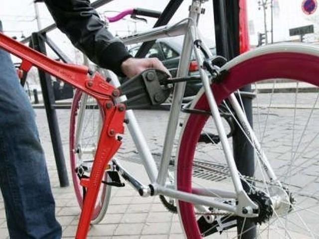 """Il risque 18 mois de prison pour avoir volé un vélo: """"pour le revendre et s'acheter à manger"""" dit le prévenu"""