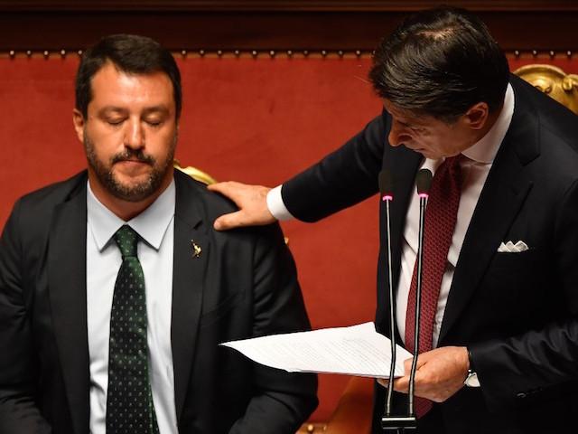 Italie : Giuseppe Conte démissionne avec fracas et se paye Matteo Salvini