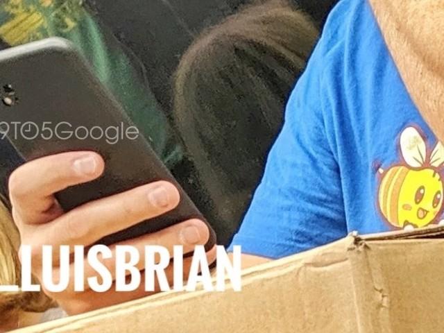 À 3 mois de sa sortie, le Pixel 4 de Google s'exhibe déjà à Londres