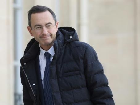"""Retailleau (LR) dépose une proposition de loi pour interdire les """"listes communautaristes"""""""