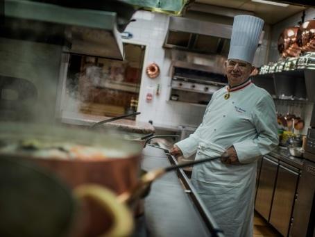 Paul Bocuse, figure de la gastronomie, est mort