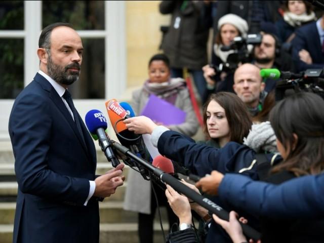 Retraites : Edouard Philippe ne craint pas l'opposition