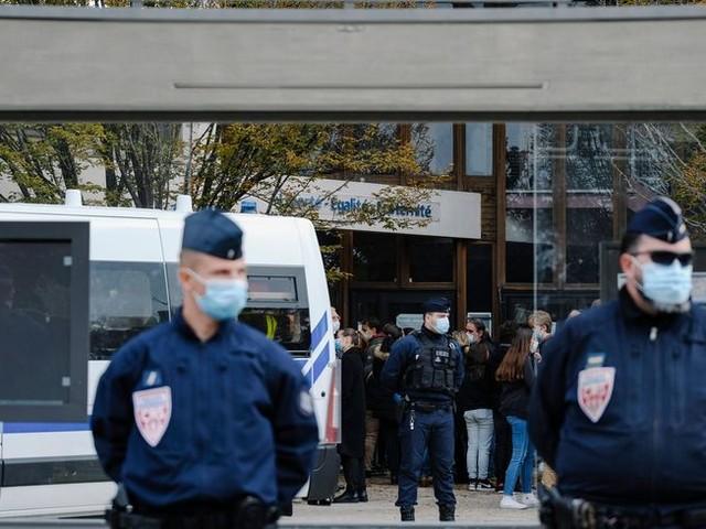 Enseignant tué dans les Yvelines : rassemblement à Saint-Etienne ce dimanche à 17h