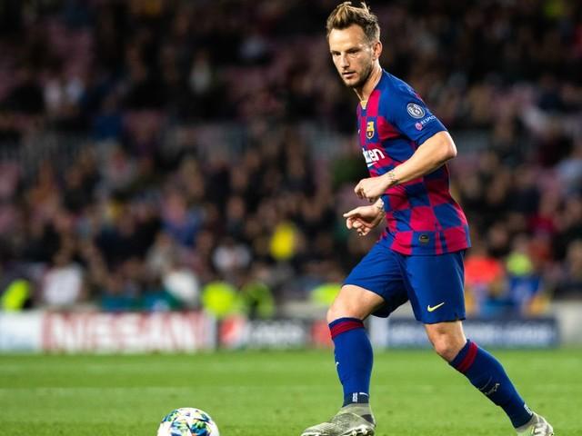Mercato - Barcelone: Le message du Barça pour l'avenir de Rakitic et Vidal