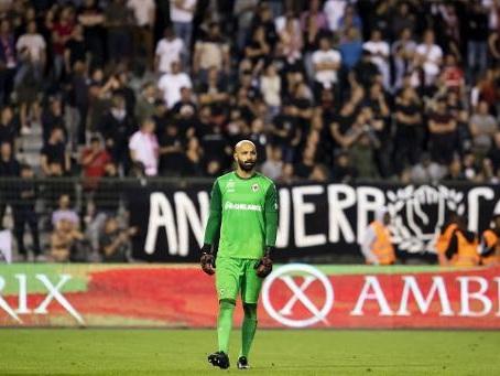 Une amende de près de 50.000 euros d'amende pour l'Antwerp, Bolat suspendu trois matches