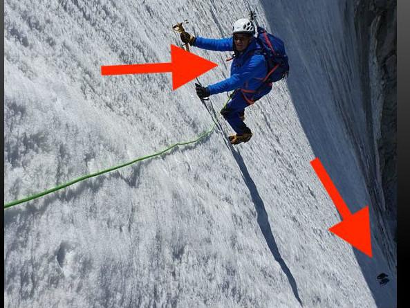 """L'""""exploit"""" d'Eric Woerth dans les Alpes : poser pour faire croire que la pente est très raide"""