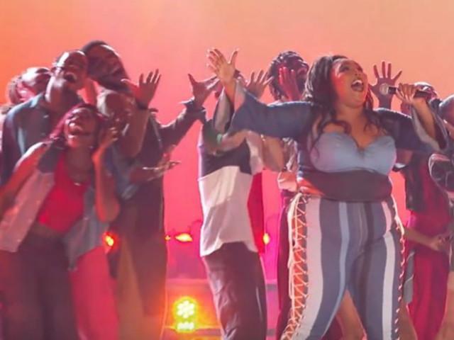 Lizzo aux MTV Awards : une performance qui en vaut le jus