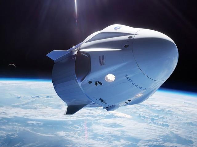 Actualité : Tourisme spatial : SpaceX prévoit de faire voler quatre clients autour de la Terre