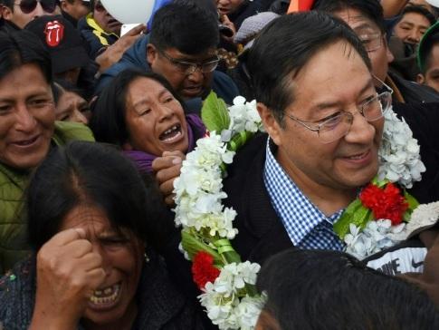 Présidentielle en Bolivie: le dauphin de Morales en tête des intentions de vote