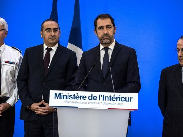 «Gilets jaunes» : Castaner va porter plainte contre Dupont-Aignan