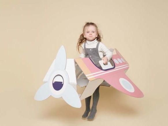 Pour Noël Smurfit Kappa lance des jouets en carton
