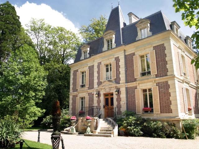 Dormir dans un château en île de France : 10 belles destinations