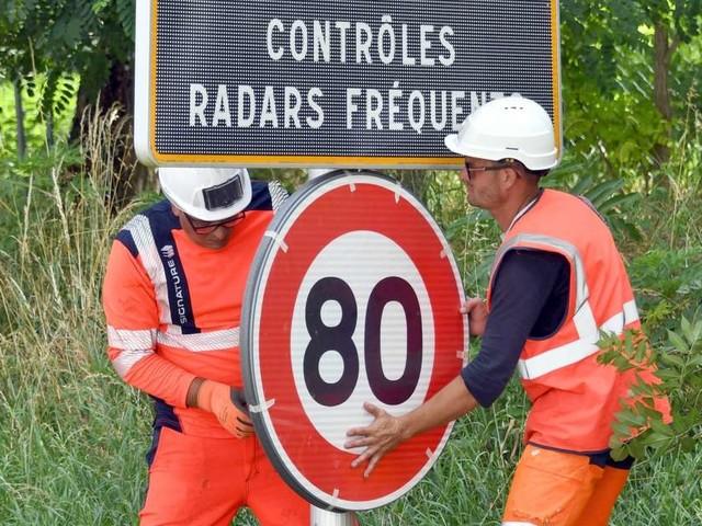 """Le passage à 80 km/h n'a """"pas coûté 3,8 milliards d'euros, mais 10 millions"""""""