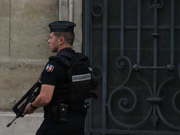Un gendarme tue l'homme qu'il venait interpeller dans un échange de tirs
