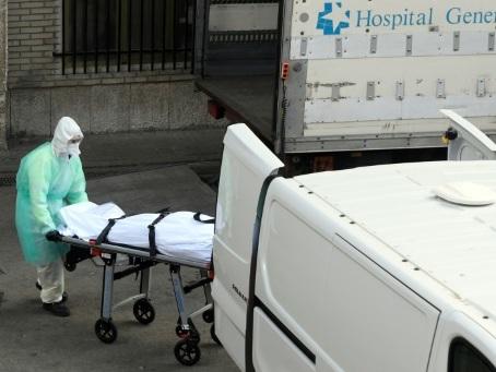 """Le coronavirus a fait plus de morts en Espagne qu'en Chine et menace """"l'humanité entière"""""""