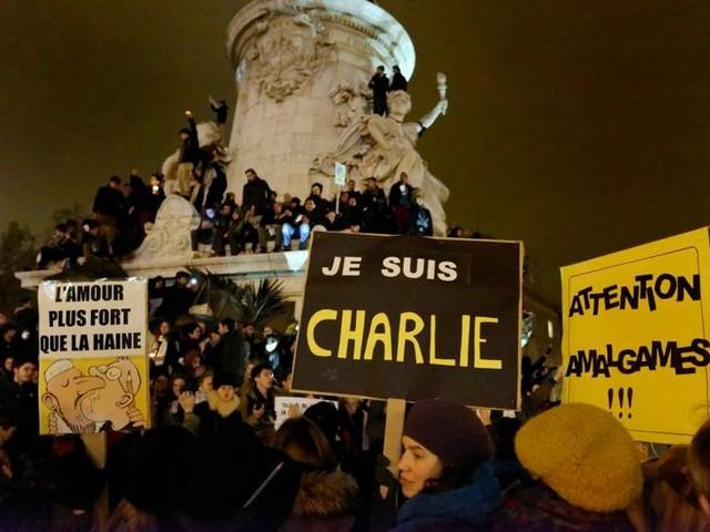 """Philippe Lançon : Après """"Charlie"""", vivre et écrire"""
