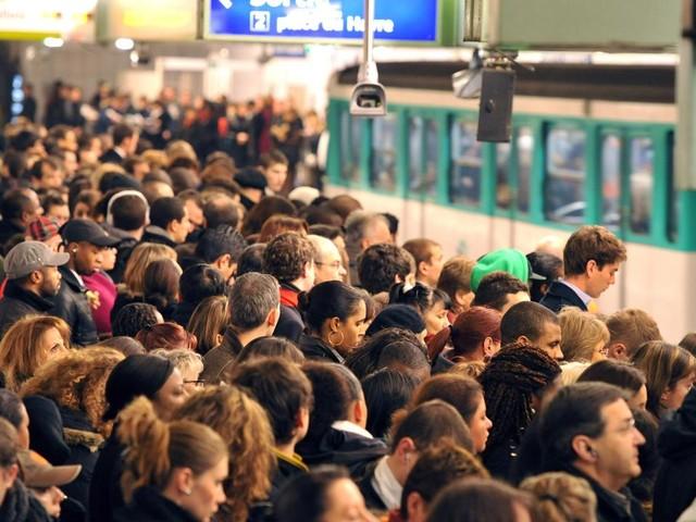 RATP : l'Unsa, premier syndicat, appelle à suspendre la grève lundi sur une majorité de lignes de métro