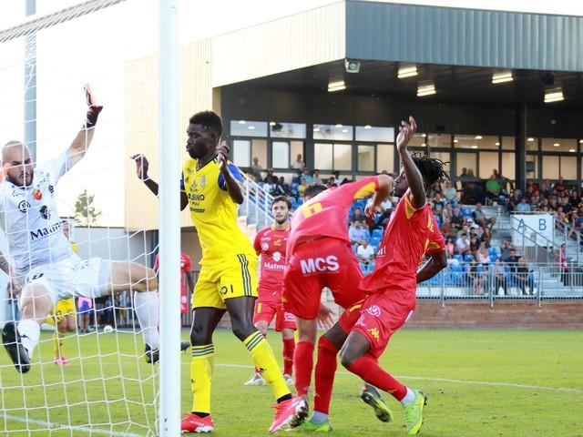 Foot : suivez Quevilly-Rouen - Pau FC en live dès 18 heures