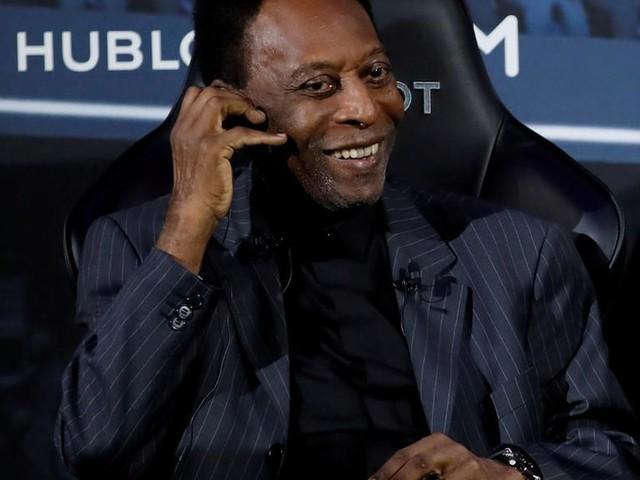 Le Roi Pelé célèbre ses 80 ans