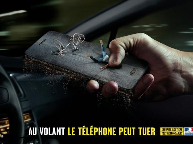Sécurité routière : le gouvernement veut s'attaquer au téléphone au volant