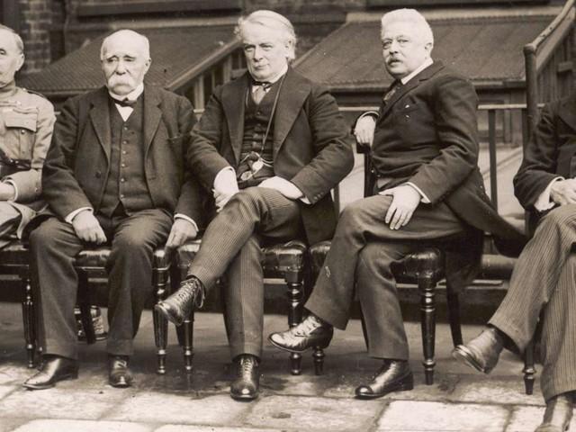 Après le traité de Versailles, l'Allemagne aurait pu payer