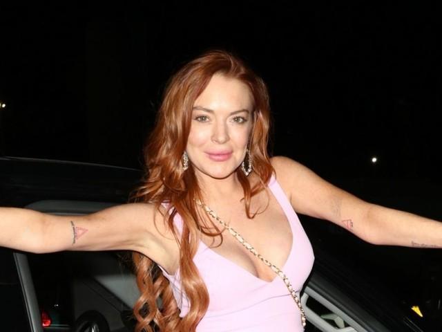 "Lindsay Lohan tacle Miley Cyrus et Cody Simpson : ""Tu es tombé bien bas"""