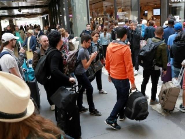 SNCF: chaos à Montparnasse en plein chassé-croisé des vacanciers