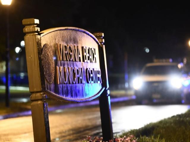 USA: un tireur fait 12 morts dans une station balnéaire