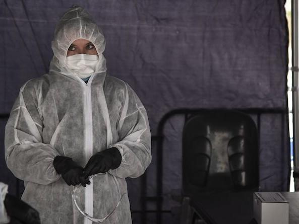 Coronavirus : l'Etat abandonne ses cadres à une gestion de crise à la petite semaine