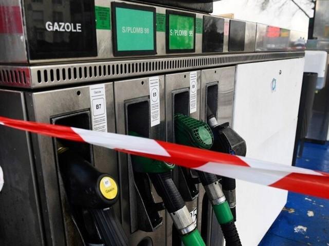 Face à la pénurie de carburant, le Finistère réquisitionne 11 stations-service