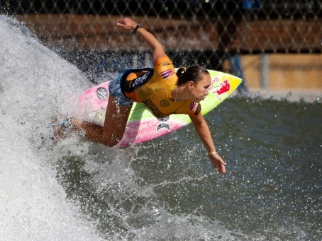 Surf: 4e sacre pour Carissa Moore, qui s'envole pour les JO-2020 avec 7 autres athlètes
