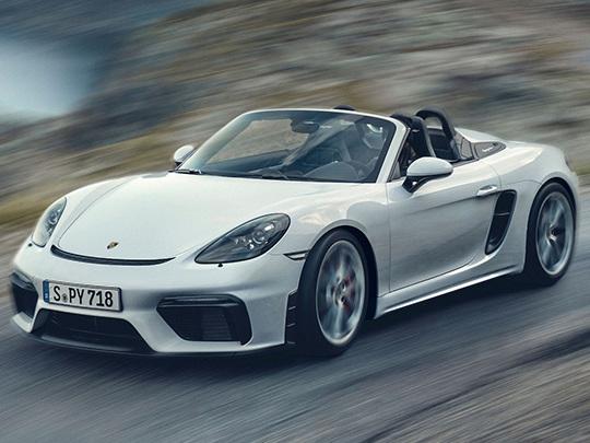 Les photos du Porsche 718 Spyder, un six cylindres atmosphérique à plat développant 420 chevaux