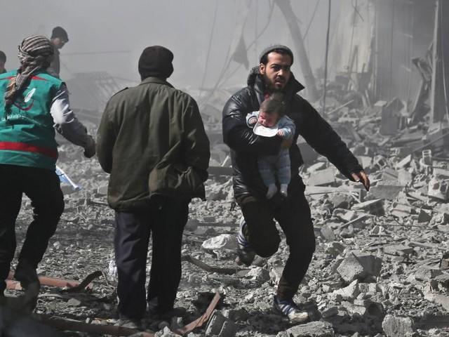 Ghouta orientale: «Des immeubles s'effondrent comme des châteaux de cartes»