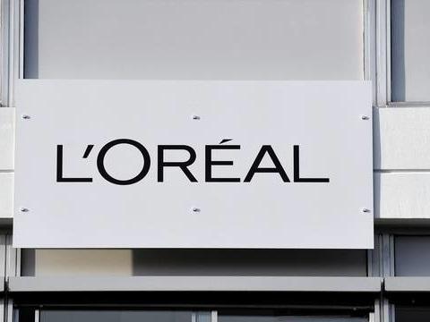 L'Oréal va verser 320millions d'euros au fisc français pour solder un «différend»