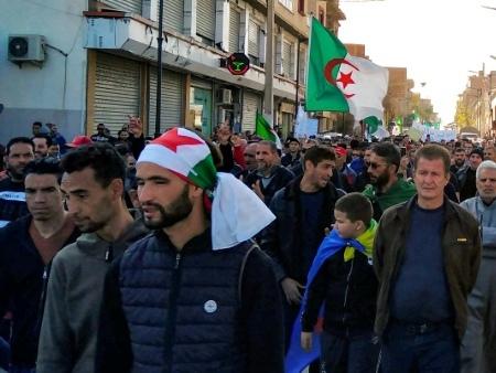 "Algérie: retour à Bordj Bou Arreridj, capitale du ""Hirak"""