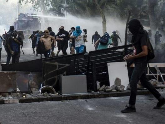 Chili: manifestations et violences au 50e jour de crise sociale