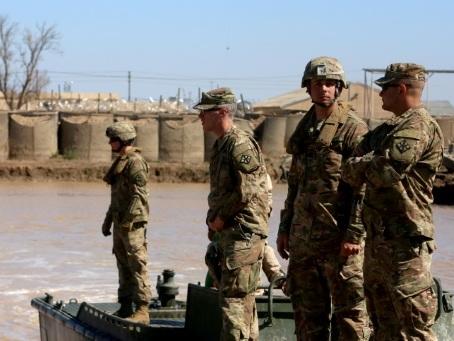 Irak: des tirs de roquettes font trois morts dont deux soldats américain et britannique