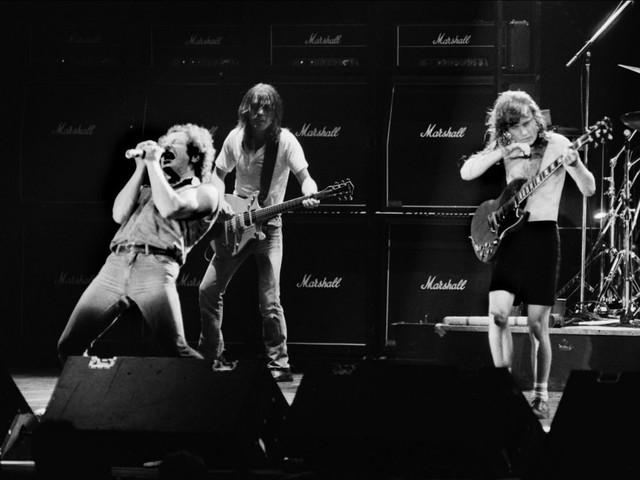 Le guitariste Malcolm Young du groupe AC/DC est mort