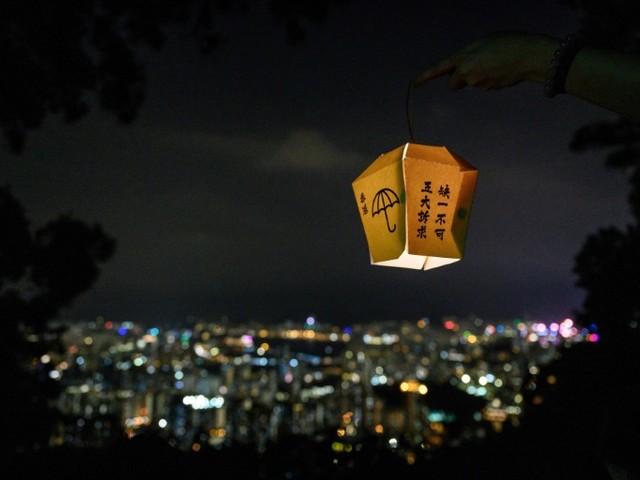 Hong Kong: le militant pro-démocratie Joshua Wong demande le soutien de Trump et du Congrès