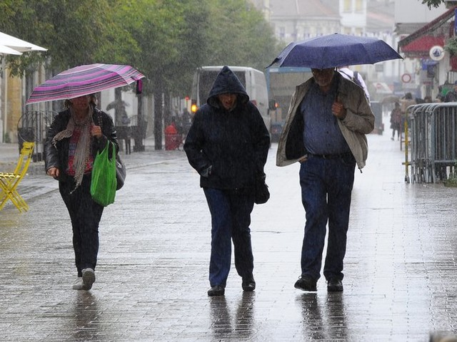 Deux départements du Sud-Ouest en alerte pluie inondations ce samedi