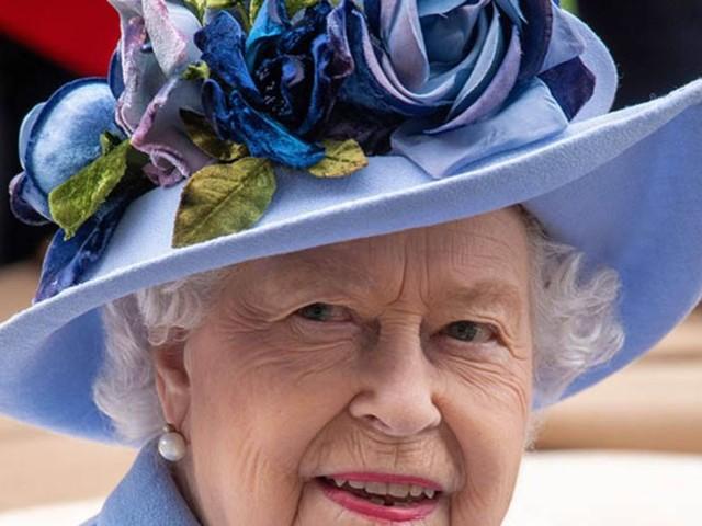 La Reine Elisabeth a dû fermer son bar secret à cause de certains membres de son staff