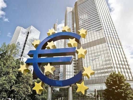 Banque centrale européenne : les taux directeurs restent au plus bas