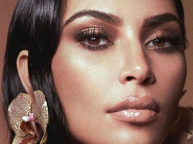 Kim Kardashian, officiellement milliardaire : Son mari Kanye West la félicite !